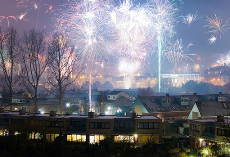 BC Living - Fireworks kick off the New Year in Alkmaar, The Netherlands