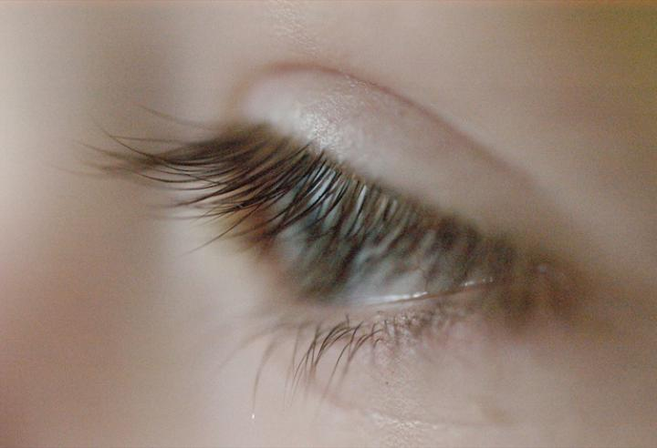 Try Lash Enhancers For Longer Thicker Eyelashes Bcliving