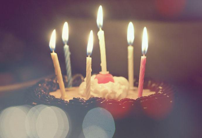 As the birthday star, it's your duty to collect free meals and gifts