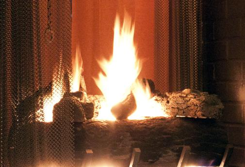 How to Choose between a Gas Wood burning and Electric